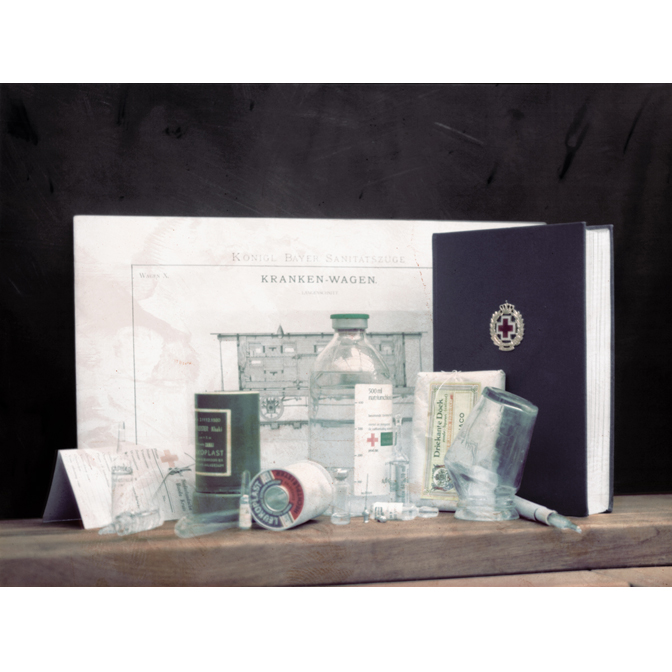 Glass Chamber Pot with Injection Needles, Ampoules and Instruction Book